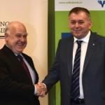 BT si Volksbank Romania, o singura echipa. Banca Transilvania creste